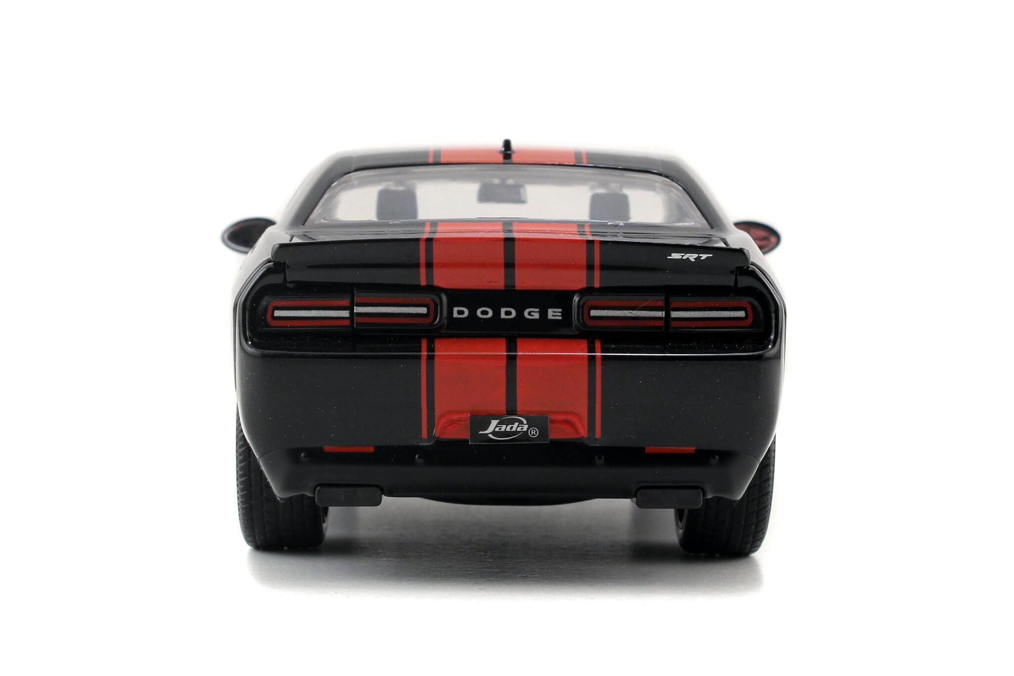 Bigtime Muscle Series 2015 Dodge Challenger Srt Hellcat Black Red 1 24 Scale Walmart Com Walmart Com