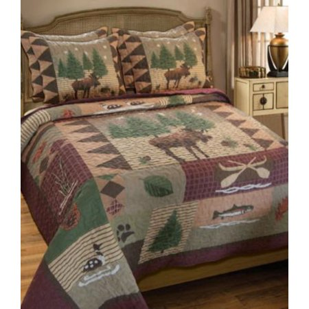 Moose fish hunting cabin themed full queen quilt for Hunting cabin bedroom