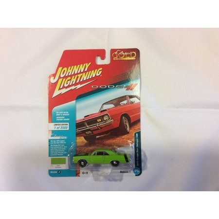 1970 Dodge Dart (Johnny Lightning JLCG013 Classic Gold Ver A 1970 Dodge Dart Swinger)