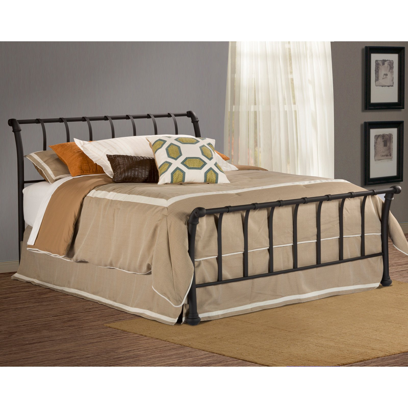 Hillsdale Janis Sleigh Bed
