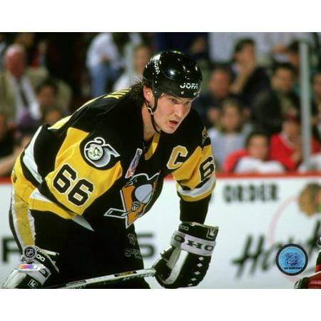 - Mario Lemieux 1992 Stanley Cup Finals Action Photo Print