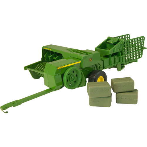 John Deere 1/16 Scale 348 Square Baler and 4 Bales