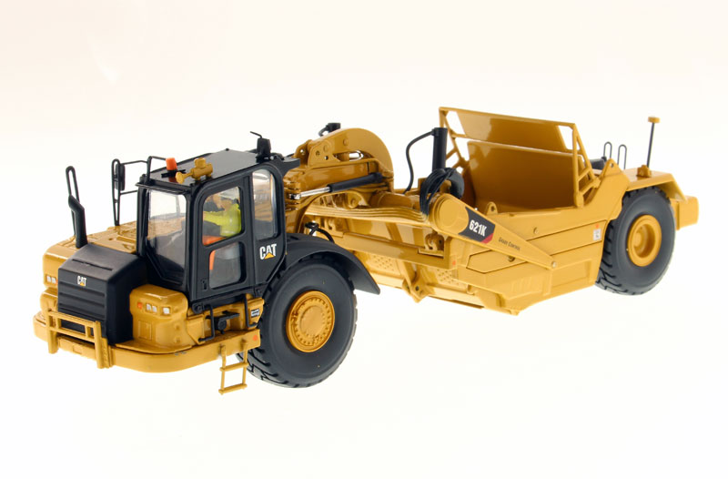 Caterpillar 621K Wheel Tractor Scraper High 1 50 Scale by