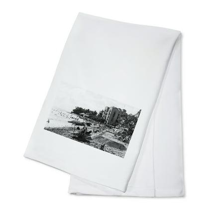 Honolulu, Hawaii View of Waikiki Beach and Swimmers Photograph (100% Cotton Kitchen Towel) - Swimmers Towel