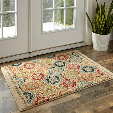 Design Accent Rug (Mohawk Home Lifeguard Floral Medallion Accent Rug )