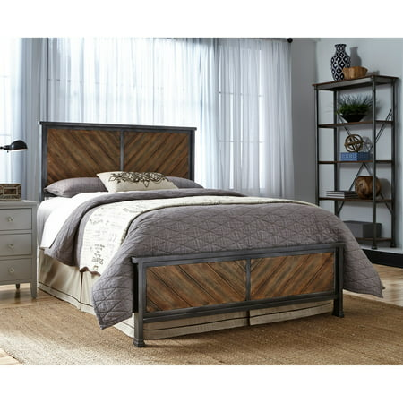 (Braden Complete Bed with Metal Panels and Reclaimed Wood Design, Multiple Sizes)