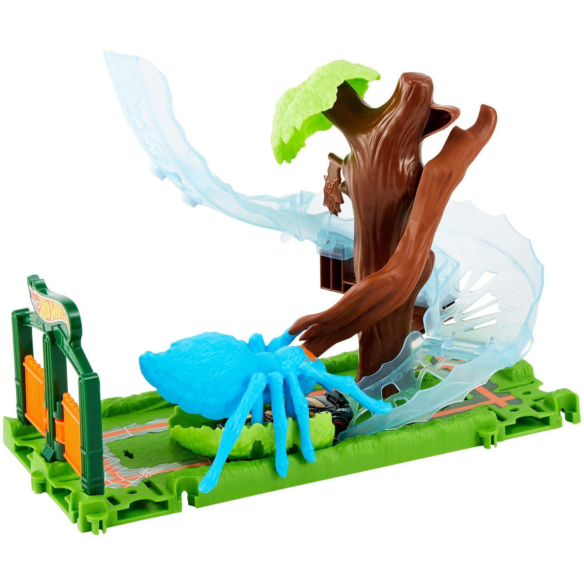 Hot Wheels City Spider Park Attack Play Set by Mattel
