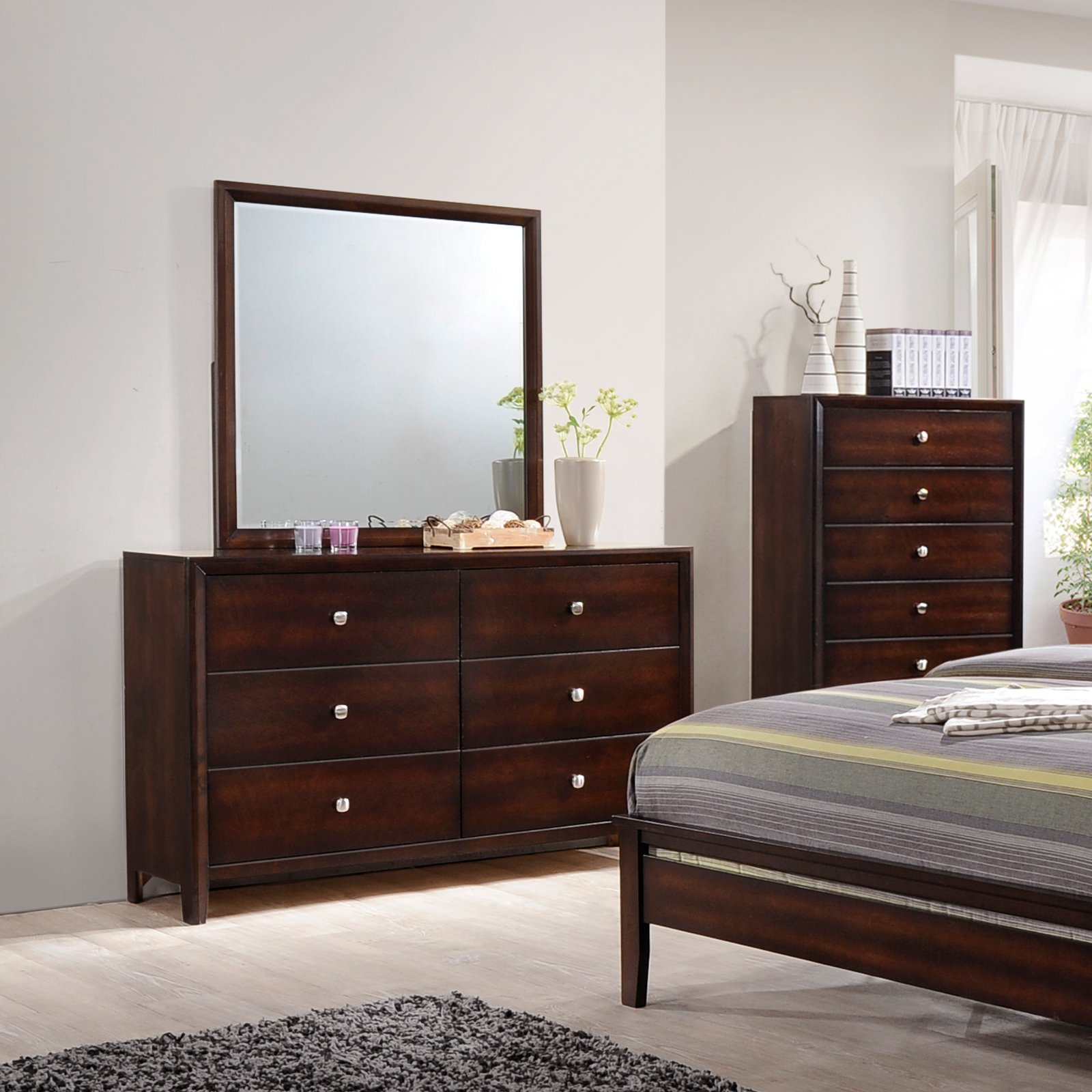 United Furniture Jackson 6 Drawer Dresser with Optional Mirror