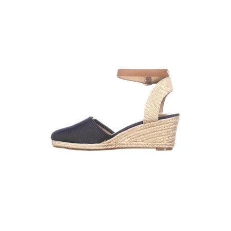 21517dc171e Style & Co. Womens Mailena Closed Toe Casual Platform Sandals