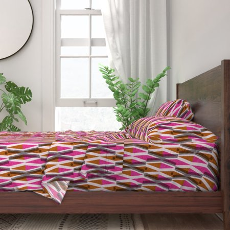 Pink Mod Xs Afrocentric Geometric Pinks 100% Cotton Sateen Sheet Set by Roostery
