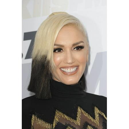 Gwen Stefani At Arrivals For Kiis FmS Wango Tango Rolled Canvas Art -  (8 x 10)