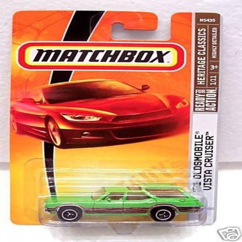 Matchbox 2009 #1 '71 Oldsmobile Vista Cruiser 1:64 by