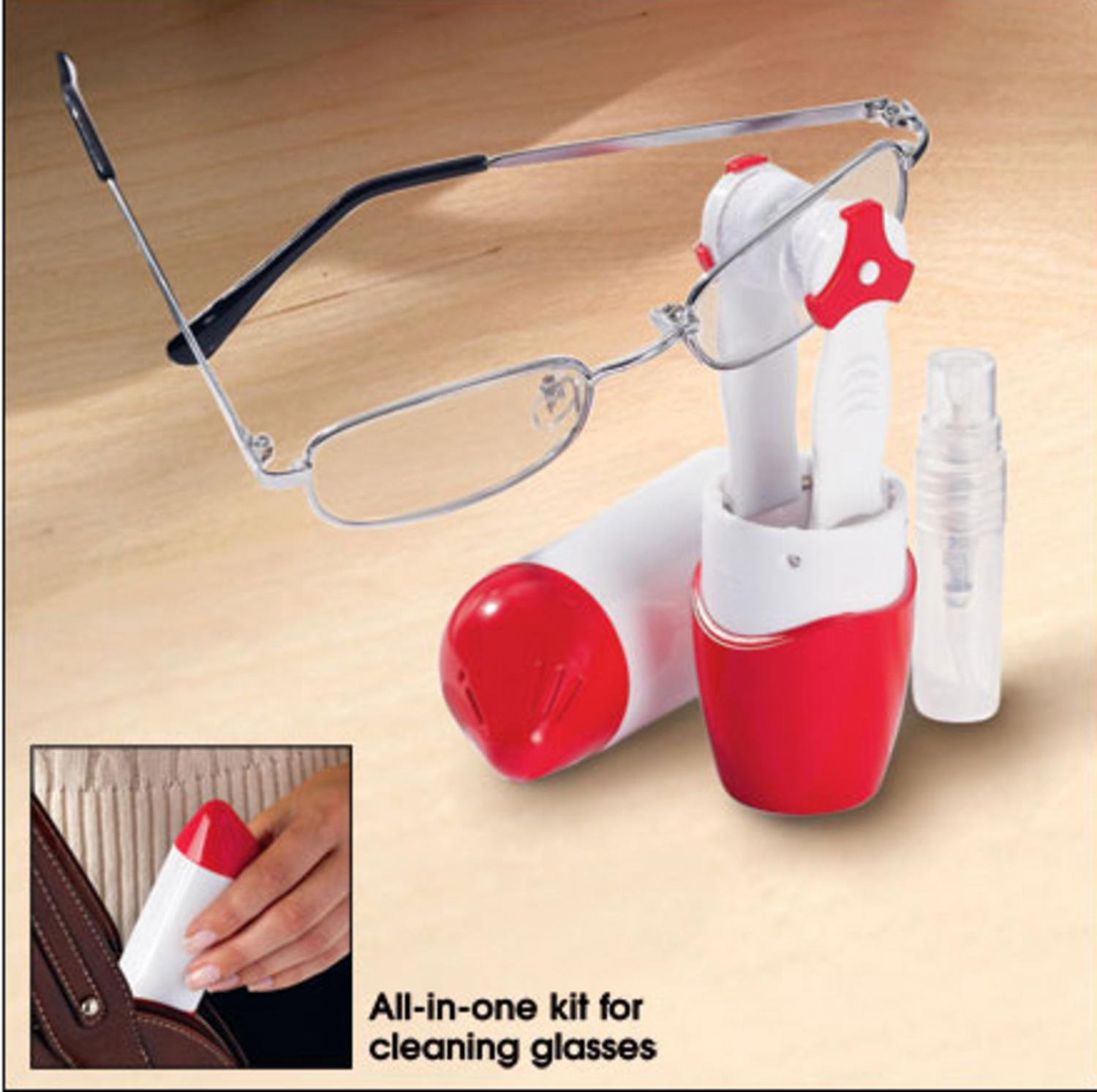 Avon Portable Eyewear Eye Glasses Cleaning Tool with Case