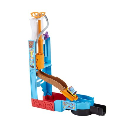 - Fisher-Price Thomas the Train MINIS Ahoy, Mateys! Pop-Up Playset