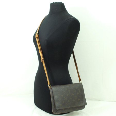 f0851dbccf00 Louis Vuitton - Musette Tango Long Flap 865849 Brown Monogram Canvas ...