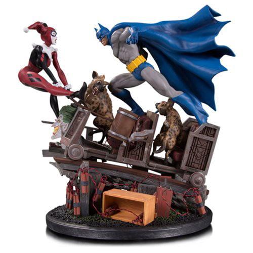 Batman vs. Harley Quinn Battle Statue by DC COMICS