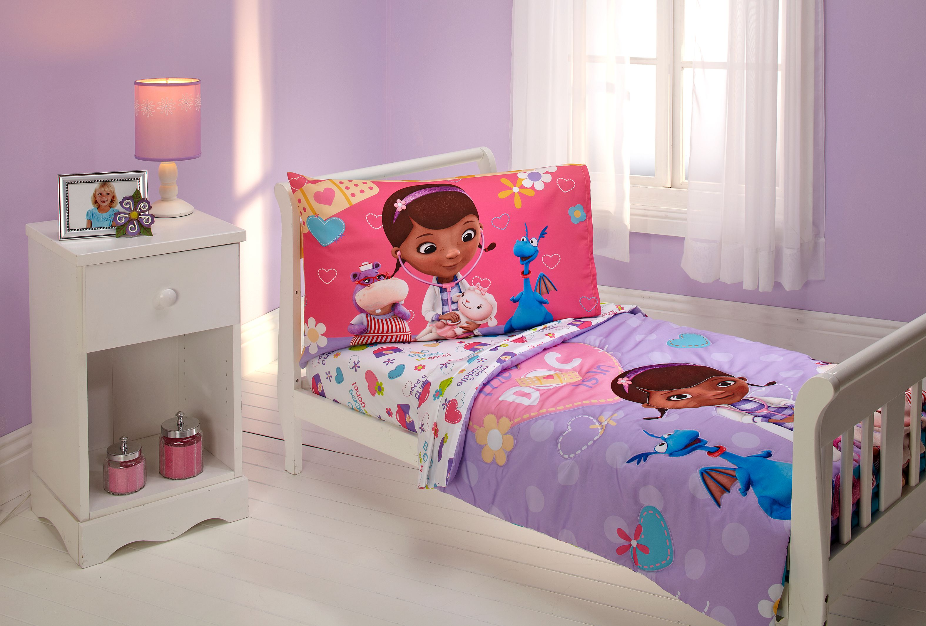 Disney Doc Mcstuffin The Doc Is In 4 Piece Toddler Bed Set Walmart Com Walmart Com