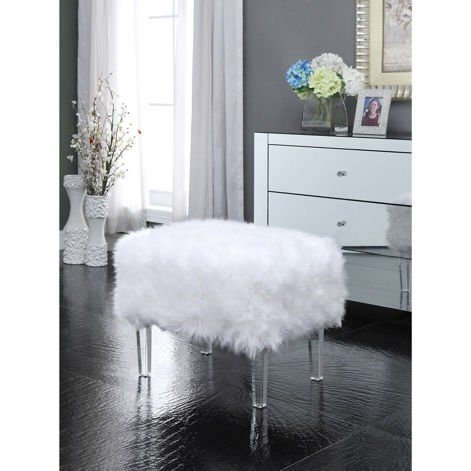 Inspired Home Aimee Luxe Faux Fur Ottoman