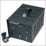 VT1500 -Step Up and Down 1500 watt AC 110V/ 220V Voltage Converter Transformer. Free Extra Fuses