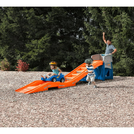 Step2 Hot Wheels Extreme Thrill Ride On Coaster With 14 Feet Of Easy Step Track And A 30   High Platform