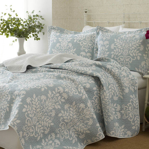 Laura Ashley Rowland Blue Quilt Set, Twin