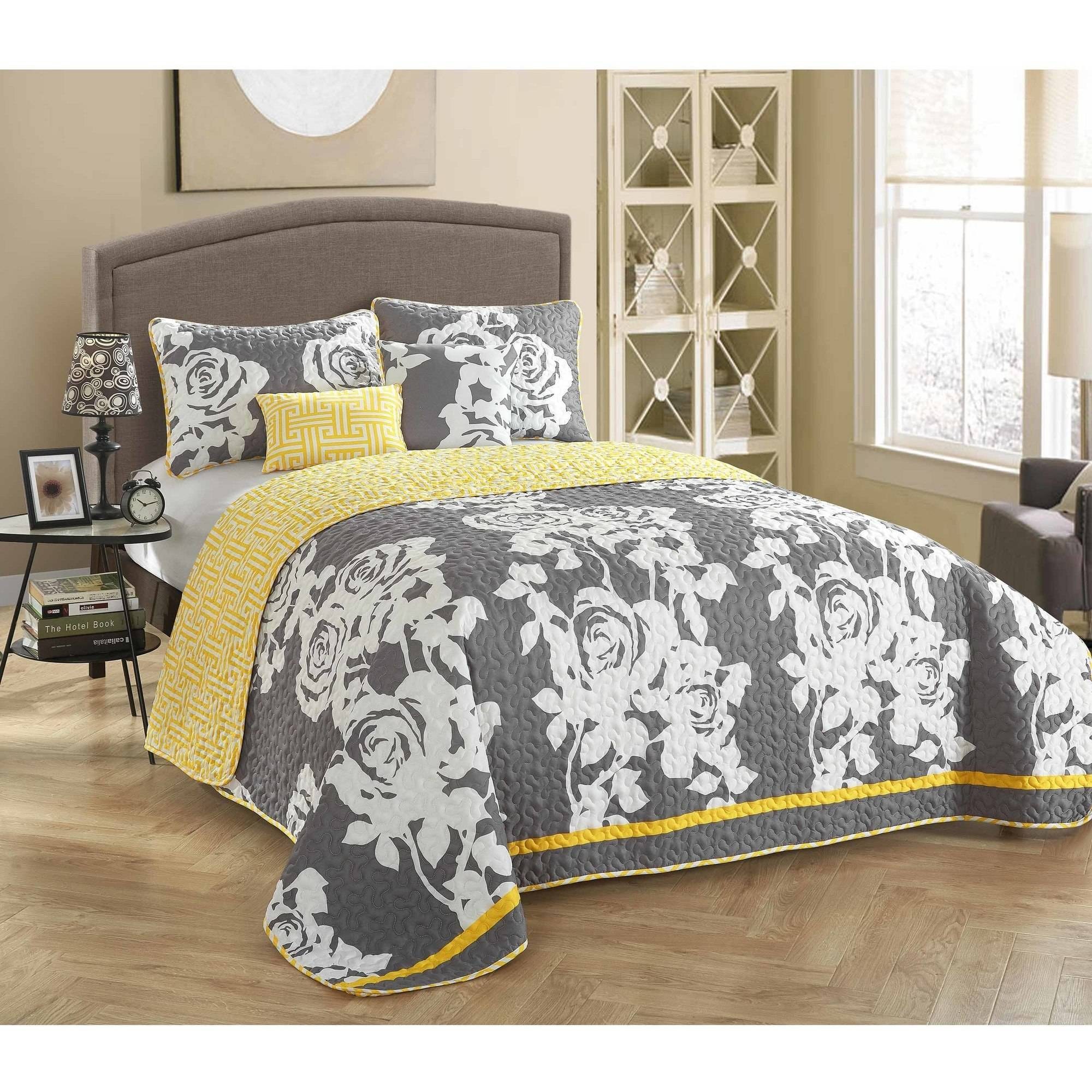 StyleNest SouthBeach Rose 5-Piece Bedding Quilt Set by Idea Nuova