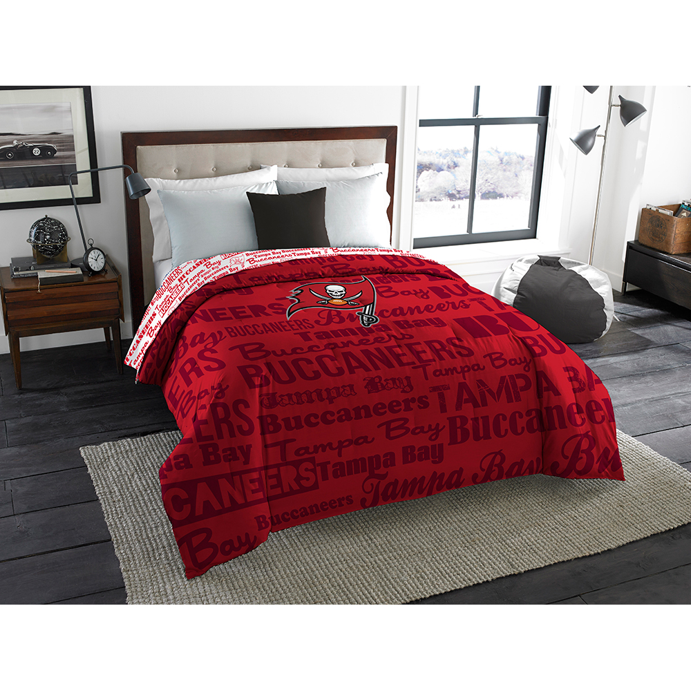Tampa Bay Buccaneers NFL  Full Comforter (Anthem) (76 x 86)