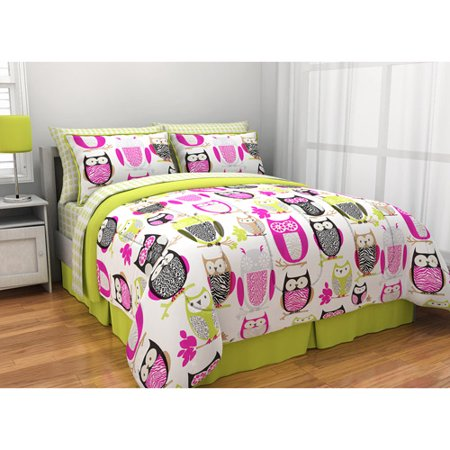 Click here to buy Latitude Sketchy Owl Reversible Bed in a Bag.