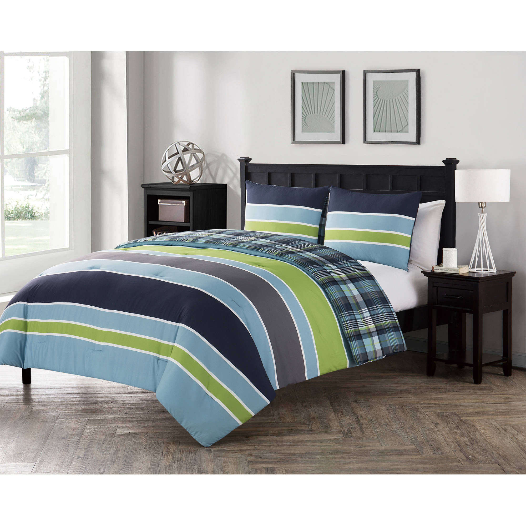 VCNY Home Multi-Color Stripe Printed 2/3 Piece Dexley Reversible Plaid Bedding Comforter Set, Shams Included