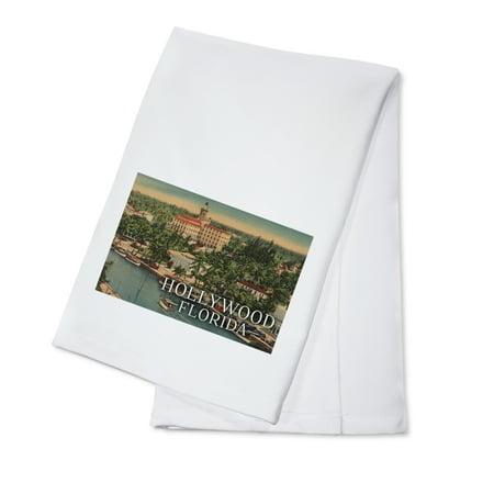 Hollywood, Florida - Marina & Hotel - Vintage Postcard (100% Cotton Kitchen Towel) - Florida Vintage Linen