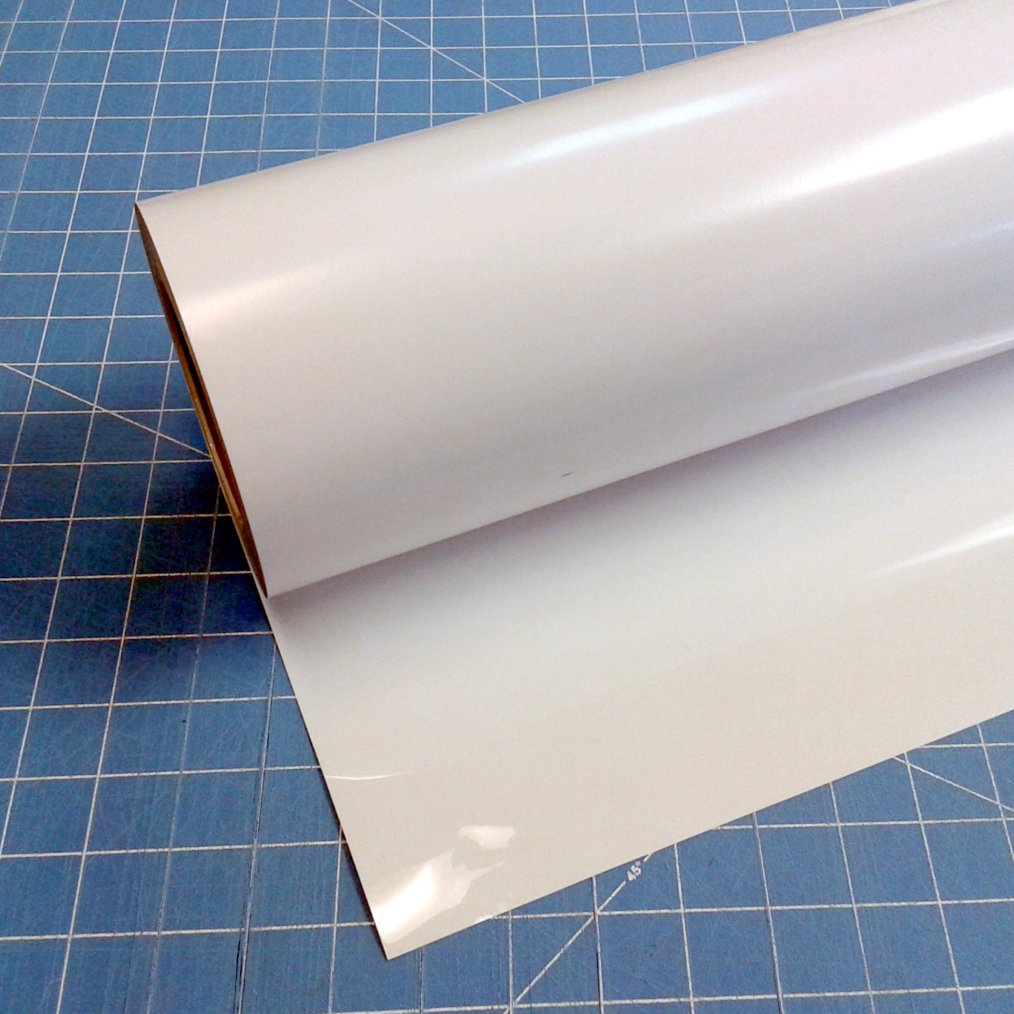 "White Siser 15"" x 15' (feet) Iron on Heat Transfer Vinyl Roll, HTV"