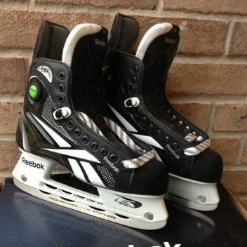 New Reebok 8K Pump SK8KP Ice Hockey Skates JR Size 3.5 D Youth Skates Junior by Reebok
