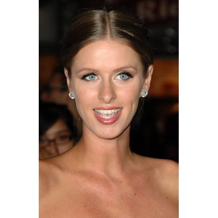 Destination Roll (Nicky Hilton At Arrivals For The Final Destination Premiere Rolled Canvas Art -  (8 x 10))
