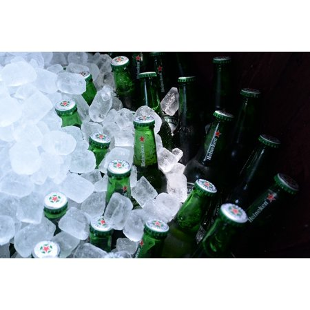 Canvas Print Bottles Ice Cubes Beer Bottle Beer Drink Alcohol Stretched Canvas 10 x - Halloween Drinks Alcohol Dry Ice