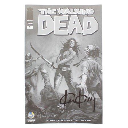 - The Walking Dead #1 WW Richmond Exclusive B&W Cover Signed By Ken Kelly