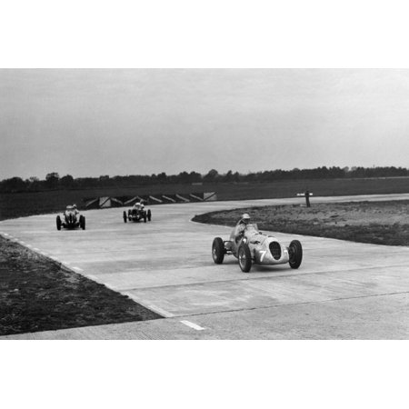 Appleton Special Racing single seater, Rapier Special and MG on the Campbell Circuit at Brooklands Print Wall Art By Bill