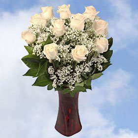 GlobalRose 18 Fresh Cut Flowers Valentine's Day Bouquet with Vase - Sweetest Day Bouquet - Fresh Flowers Wholesale Express Delivery - Valentines Wholesale Products