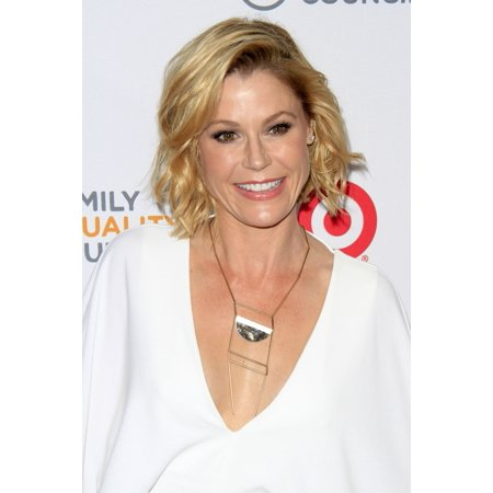 Julie Bowen At Arrivals For Family Equality CouncilS Annual Impact Awards The Beverly Wilshire Hotel Beverly Hills Ca March 11 2017 Photo By Priscilla GrantEverett Collection Celebrity](Celebrity Family Halloween 2017)