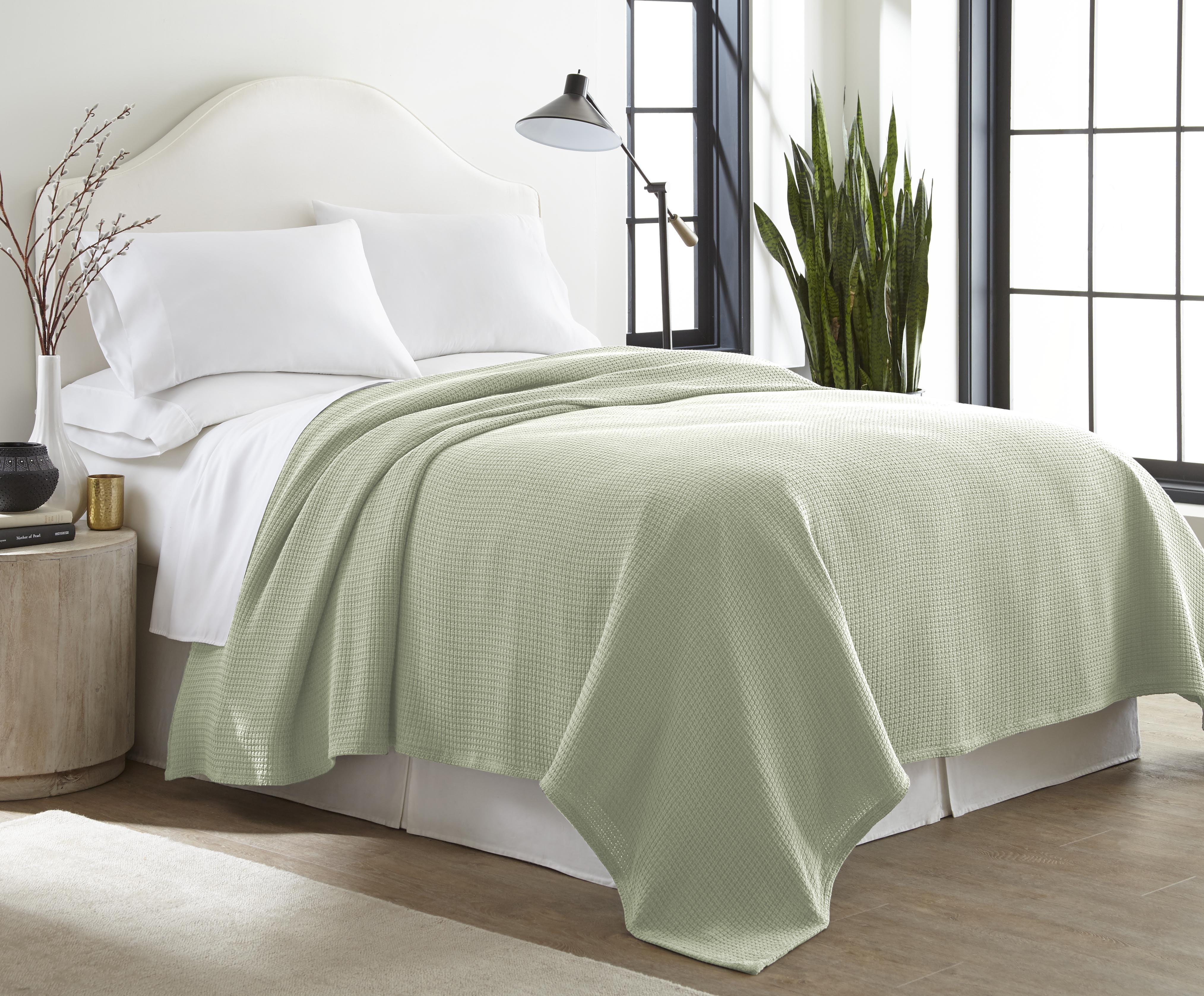 Sun Yin All-Season 100% Cotton Woven Blanket Collection by Sun Yin Usa Inc.