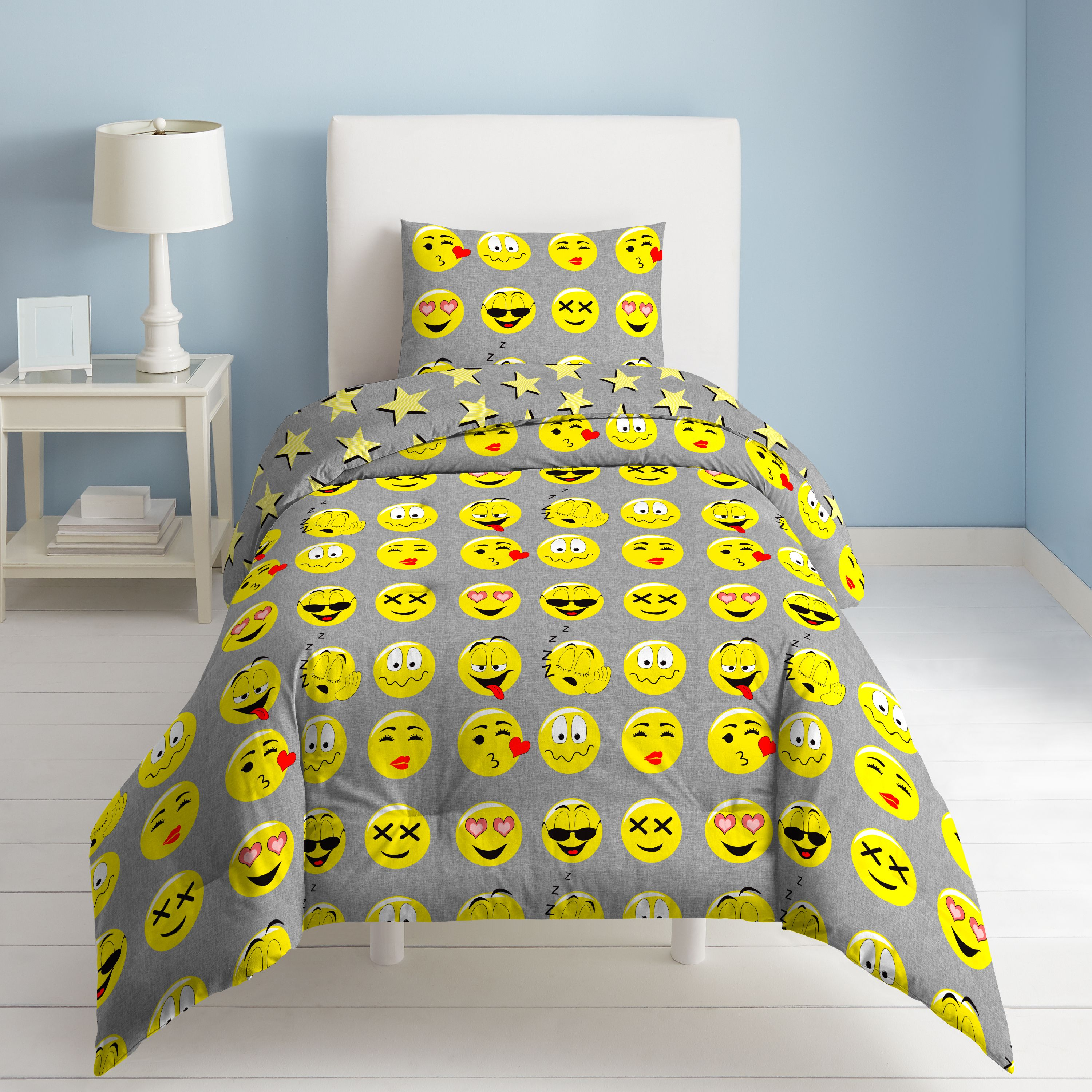 DREAM FACTORY EMOJI COMFORTER AND SHAM