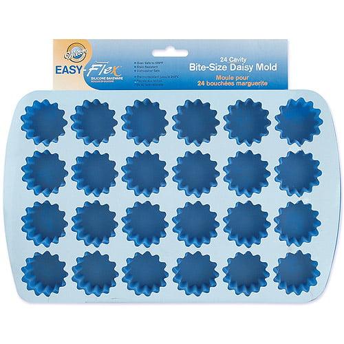 Wilton Easy Flex 24-Cavity Bite Size Silicone Mold, Daisy 2105-4889