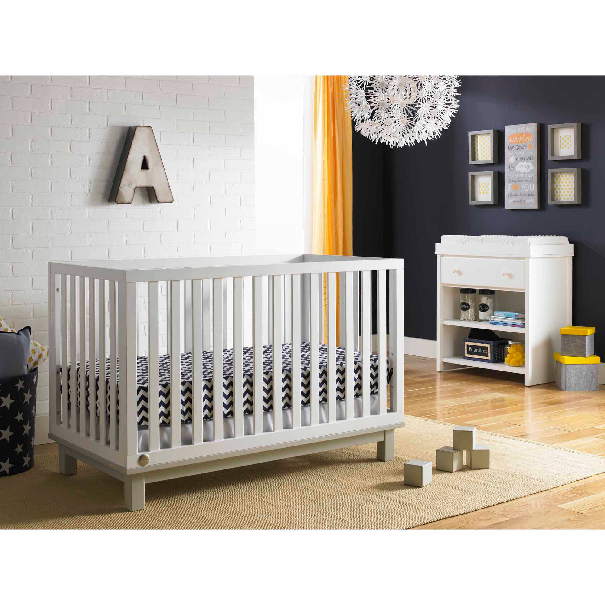 Fisher-Price Riley 3 in 1 Convertible Crib, Choose Your Finish