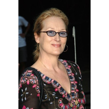 Meryl Streep At Arrivals For The 2006 Public Theater Summer Gala & Opening Night Of Macbeth The Belvedere Castle In Central Park New York Ny June 28 2006 Photo By Brad BarketEverett Collection