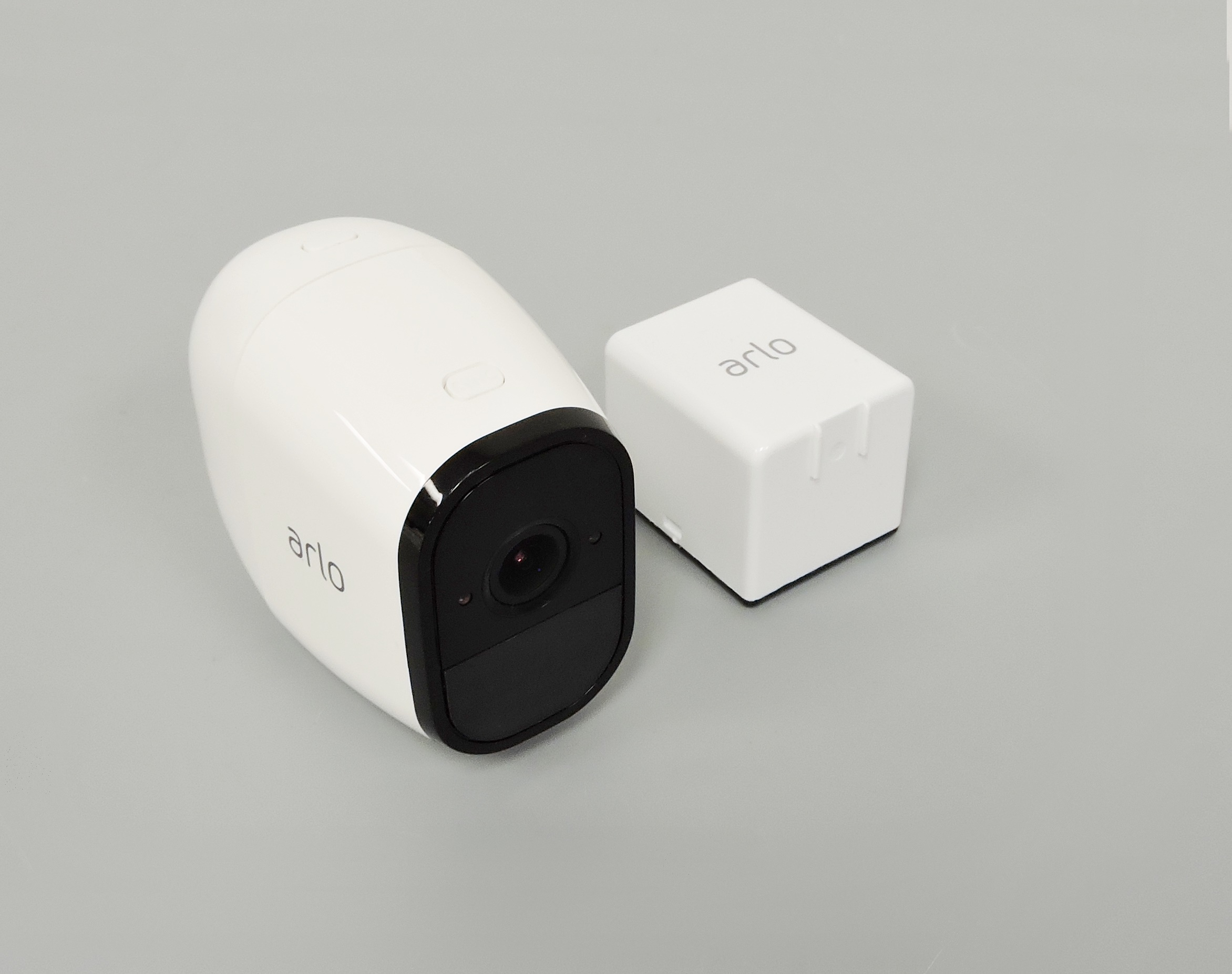 Add-on Camera 1 Certified Refurbished Arlo Pro 2 VMC4030P-100NAR