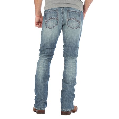 Wrangler Apparel Mens  44 Slim Straight Light Wash Jeans