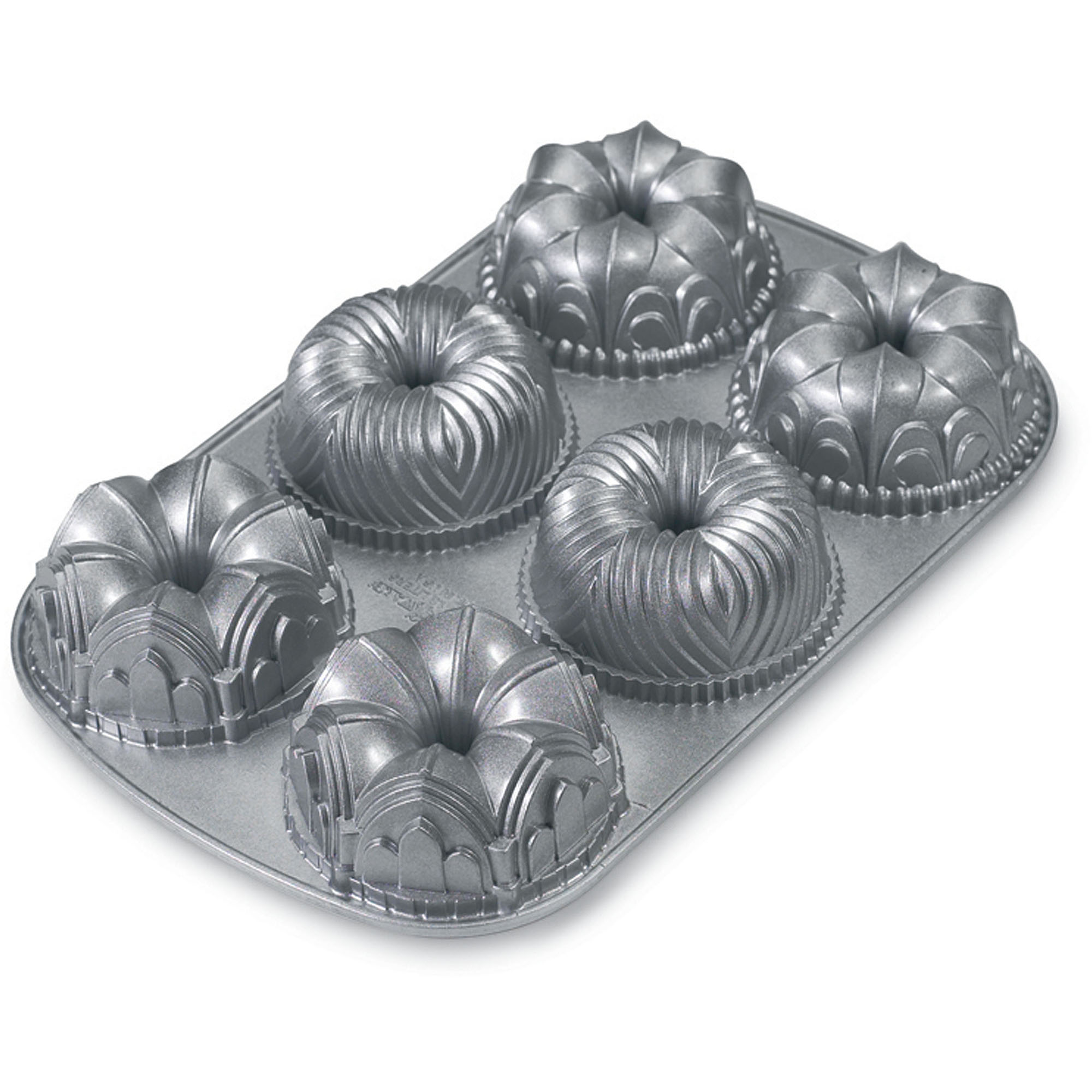 Nordic Ware Garland Bundt Pan by Northland Aluminum Products