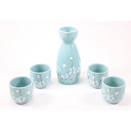 (Smiling Juju Blue Winter Flower Japanese flower Porcelain Sake Set with 4 Cups 1 Decanter / Bottle / Carafe)