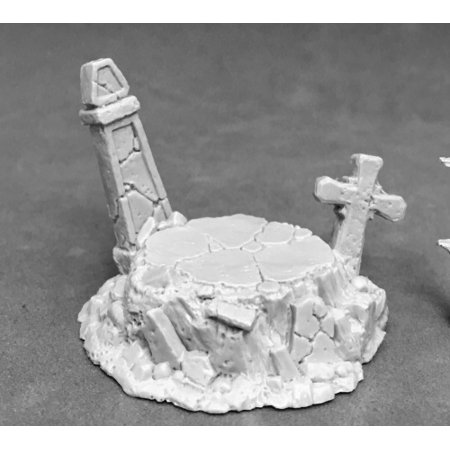Reaper Miniatures Graveyard Display Base #74042 Unpainted Plastic Accessory Collectors Display Base