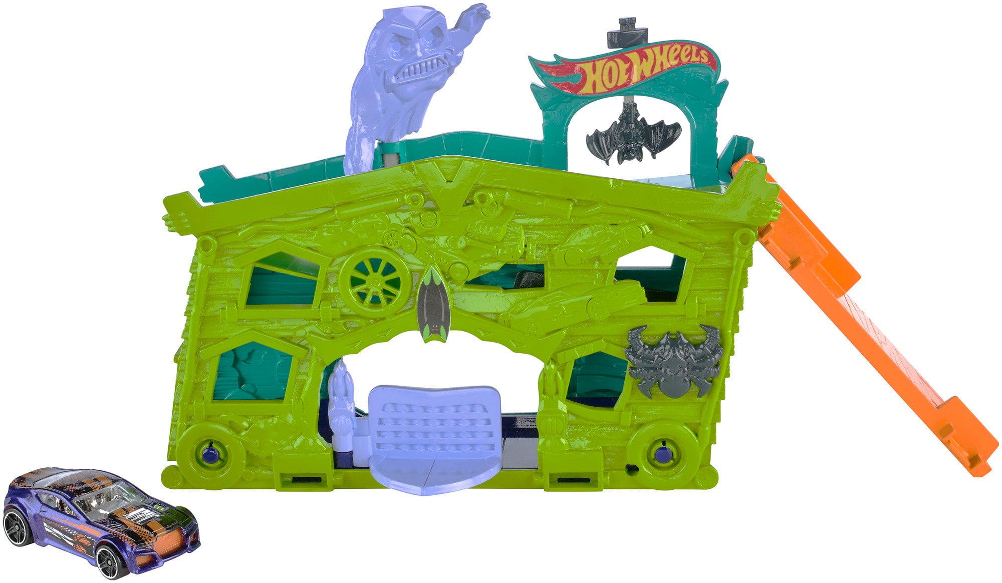 Hot Wheels Ghost Garage Play Set by Mattel