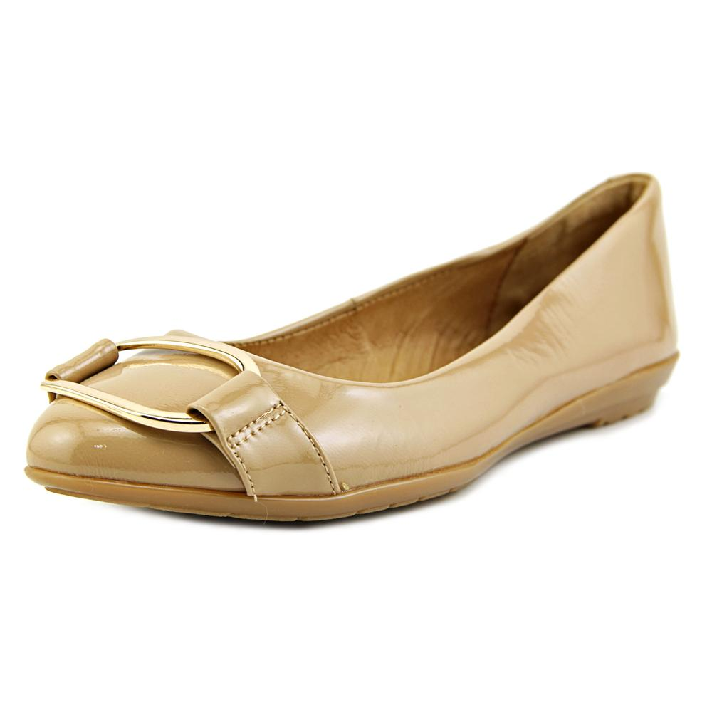 Sofft Benton Women Round Toe Patent Leather Flats by Sofft